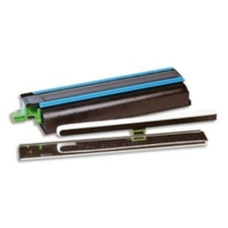 Kyocera 37028010 Original Toner Cartridge - Black